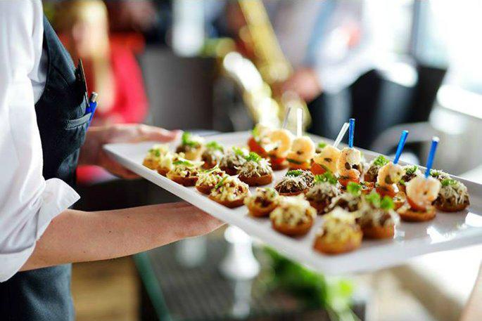 Catering at Howard Johnson Bur Dubai