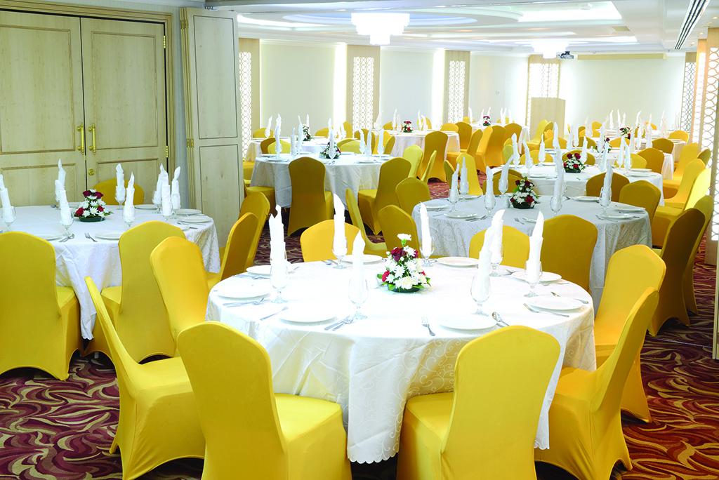 Banqueting at Howard Johnson Bur Dubai