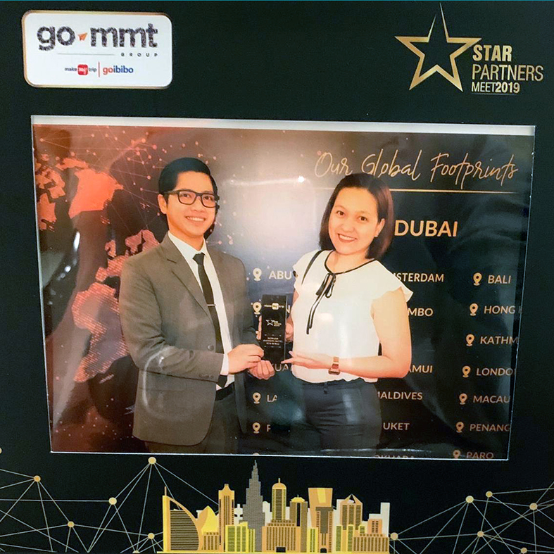 Howard Johnson Dubai wins the Makemytrip Customer Choice Award 2019